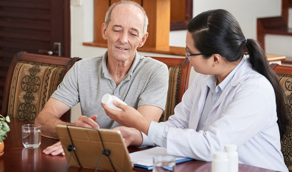 Dépendance : Être aidé financièrement et physiquement